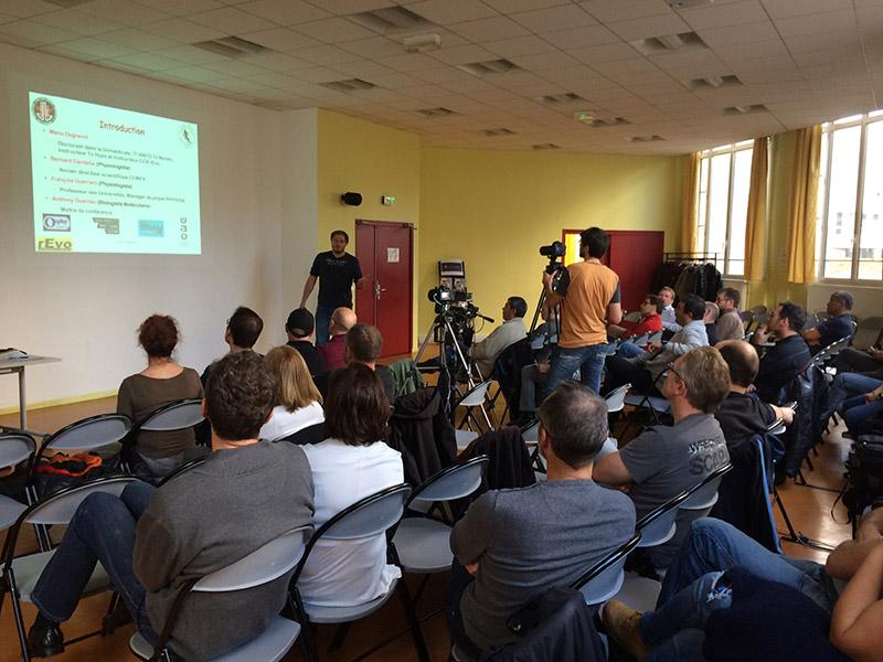 Conférence_public
